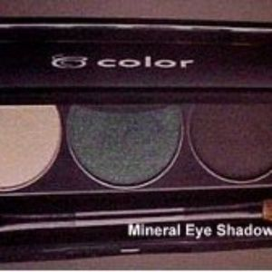 Mirage BeautiControl Mineral Shadow Trio